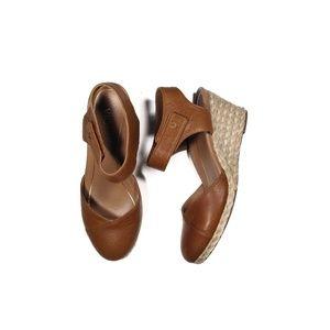 Vionic wedge heel Loika Mary Jane size 7.5 tan
